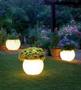 Leuchtobjekte & Lichtobjekte für Garten und Outdoor von EPSTEIN Design Leuchten Flora 50 20015