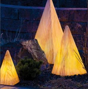 Leuchtobjekte & Lichtobjekte für Garten und Outdoor von EPSTEIN Design Leuchten Sahara Pyramide 54 cm 10065