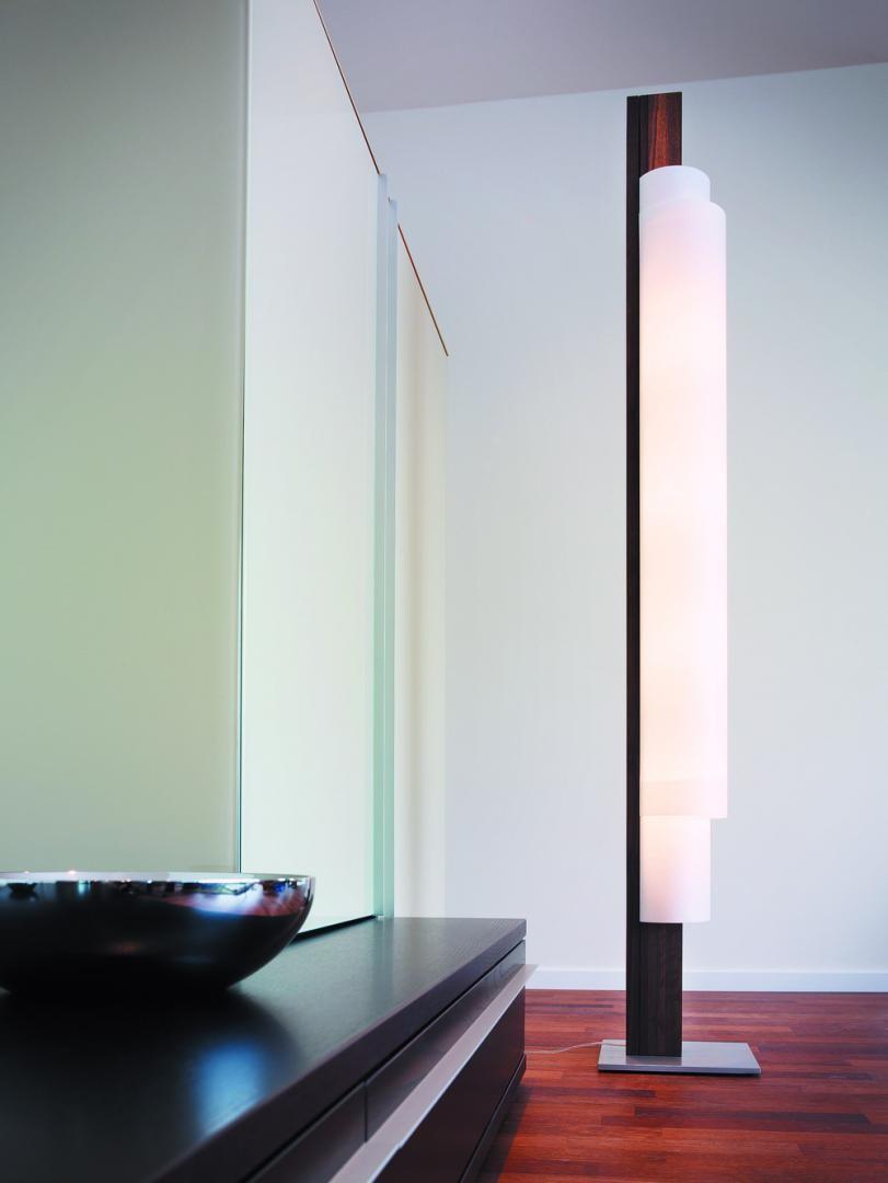 Stele LED Lichtobjekt von DOMUS