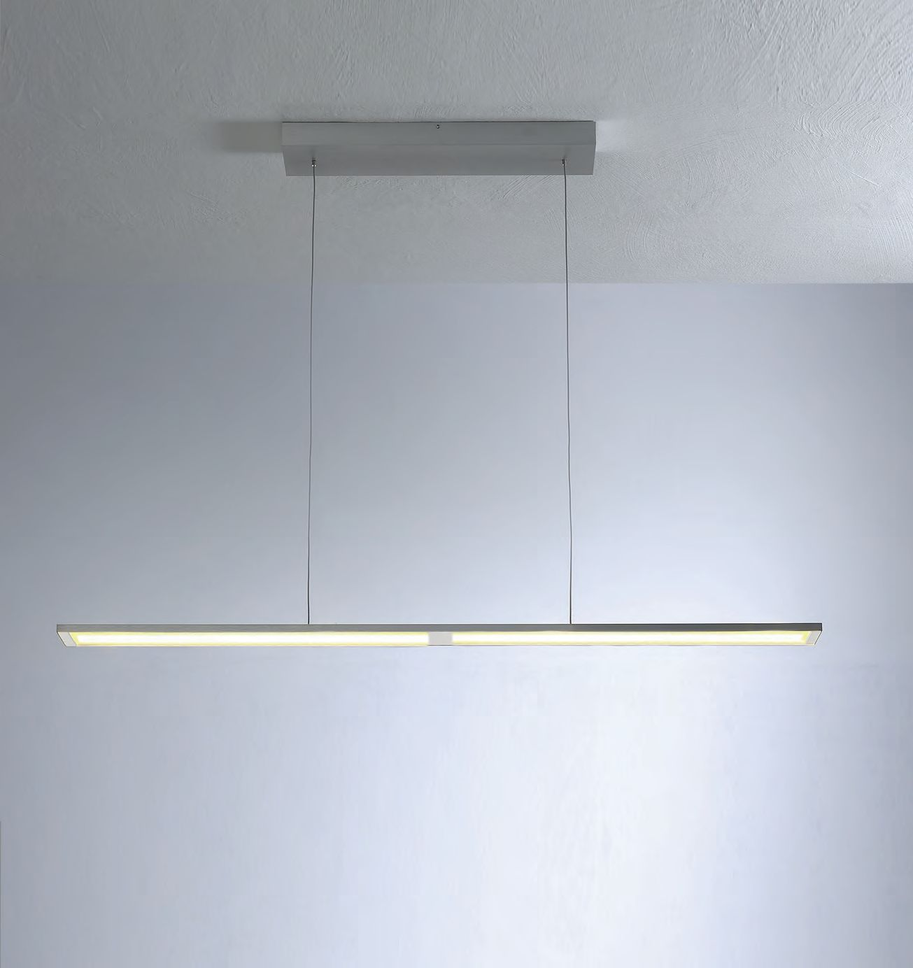Fly LED Hängeleuchte / groß von Bopp Leuchten