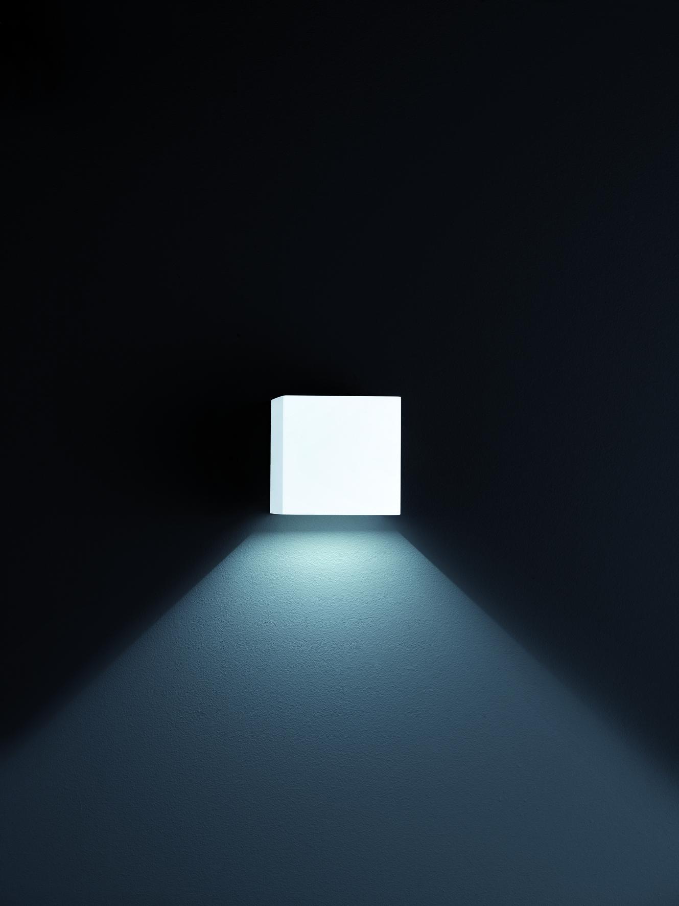Aussenleuchten von Helestra Leuchten SIRI 44 LED-Wandleuchte, Lichtaustritt nach oben u. unten verstellbar A28242.07